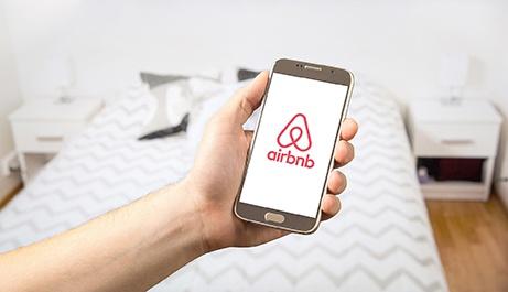 airbnb_travel.jpg