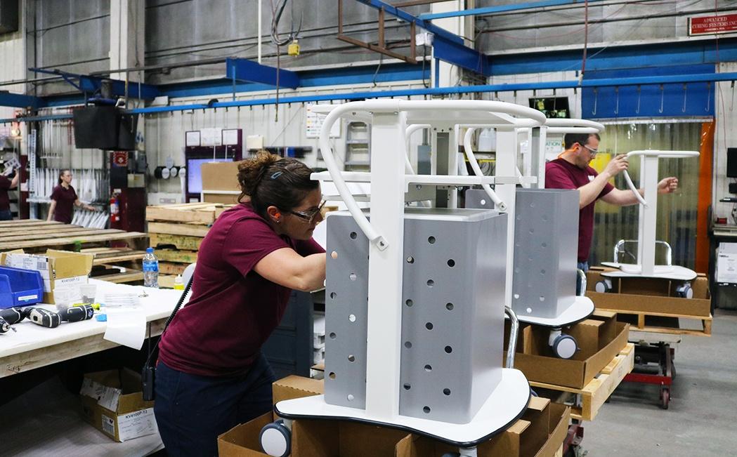 building medical carts_production